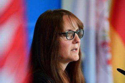 Finanzministerin Katrin Lange.