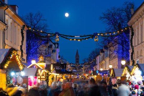 Der Potsdamer Weihnachtsmarkt, wie hier im Bild, scheint nicht von der Absage betroffen zu sein.