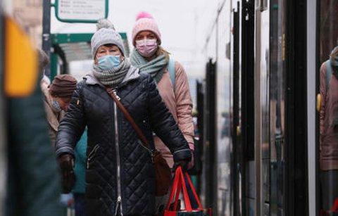 Viele Fahrgäste trugen auch vor der verschärften Pflicht schon medizinische Masken.